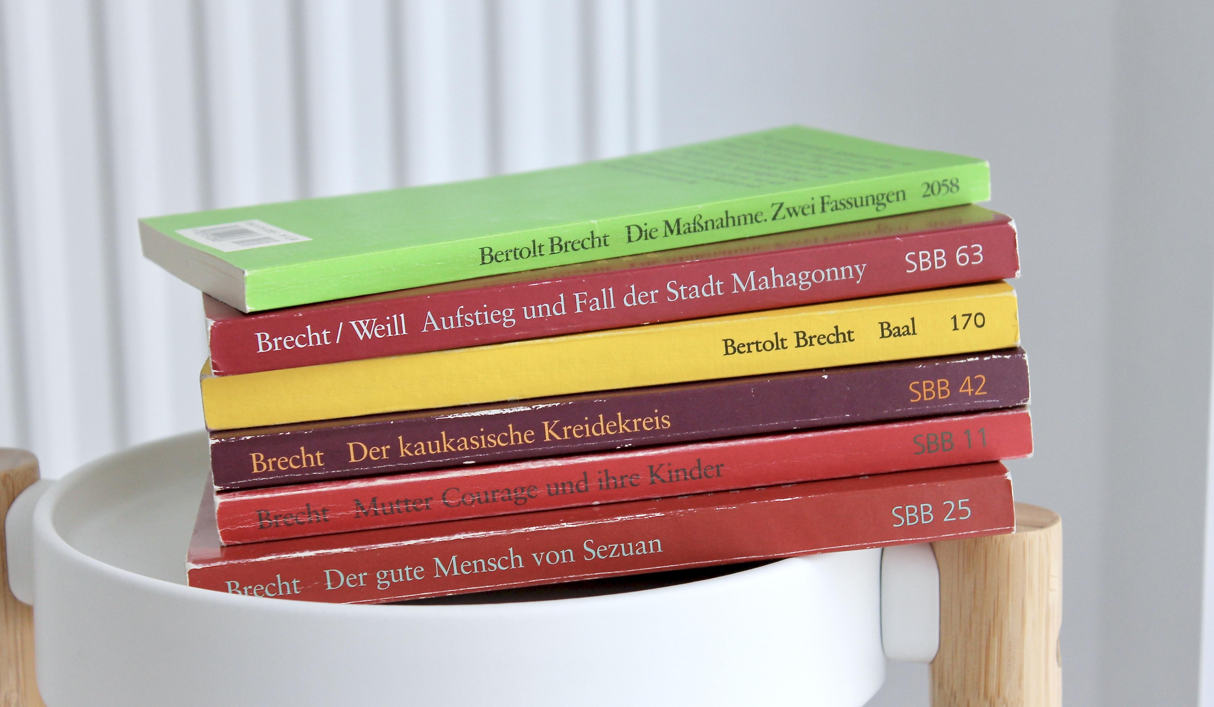 Brecht Und Feminismus Eine Aneignung Noch Mehr Bücher